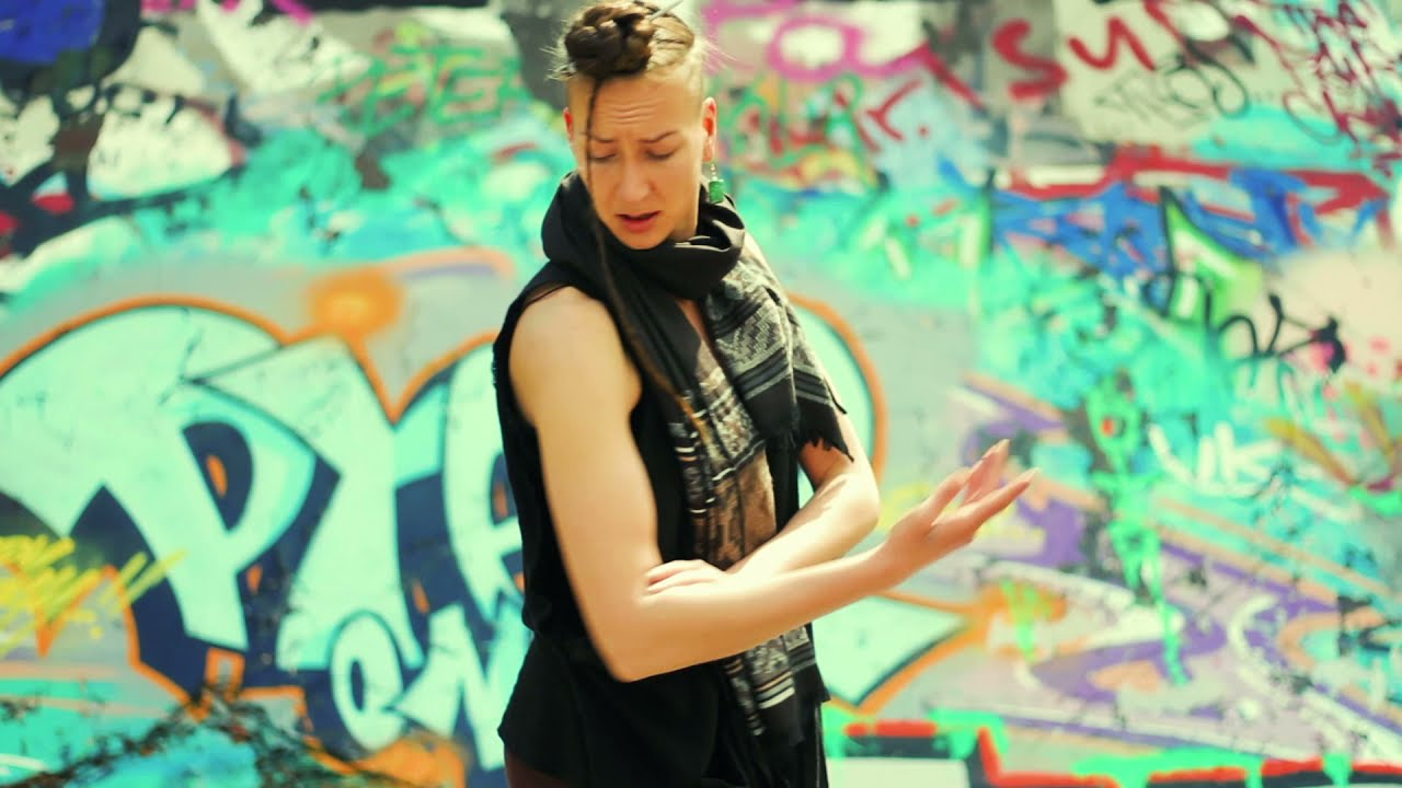 Video: Arky Starch - Stigmata